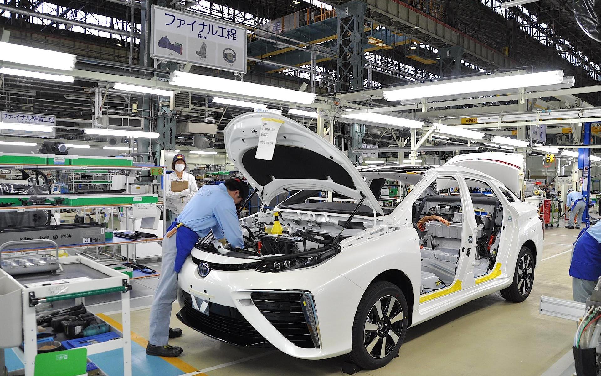 تراجع في إنتاج السيارات اليابانية