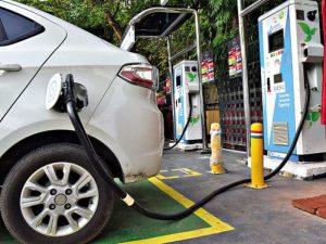 إحدى نقاط شحن السيارات الكهربائية