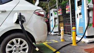 Photo of لوحات مجّانية.. الصين تغري مواطنيها لاقتناء السيارات الكهربائية
