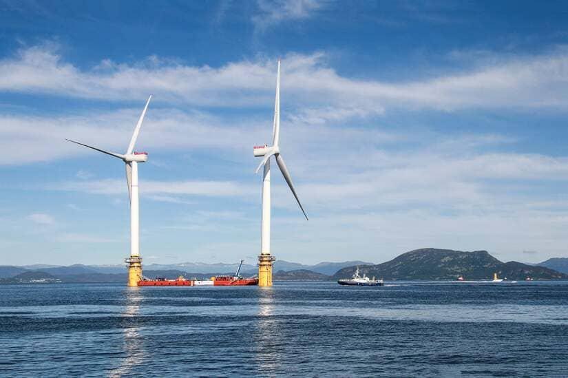 فرنسا - الرياح البحرية العائمة