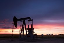 Photo of باركليز يرفع توقعاته لأسعار النفط ويحذر من تلاشي دعم أوبك+