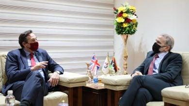 Photo of الليبية للنفط تبحث الاستفادة من الشركات البريطانية في تطوير حقول الخام