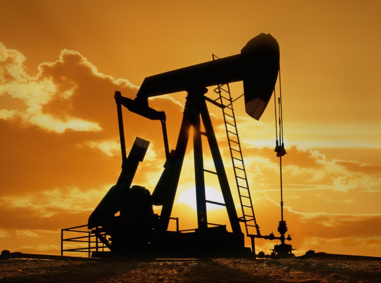 استثمارات النفط والغاز