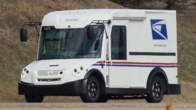 Photo of البريد الأميركي يخالف قرار بايدن في التحوّل الكامل للمركبات الكهربائية