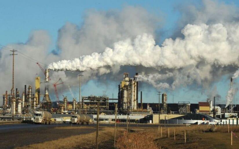 ضريبة الكربون في كندا