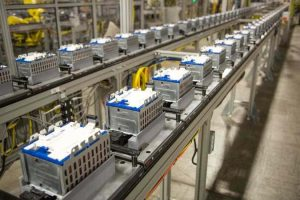 مصنع جنرال موتورز- السيارات الكهربائية - بطاريات السيارات