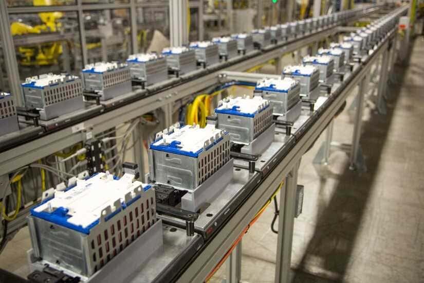 مصنع جنرال موتورز - السيارات الكهربائية - بطاريات السيارات الكهربائية - ستيلانتس
