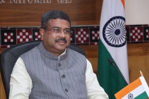 وزير النفط الهندي