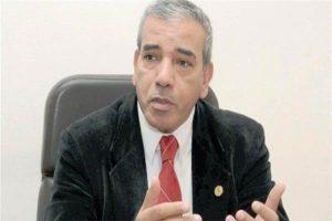 أستاذ الجيولوجيا والموارد المائية بجامعة القاهرة الدكتور عباس شراقي