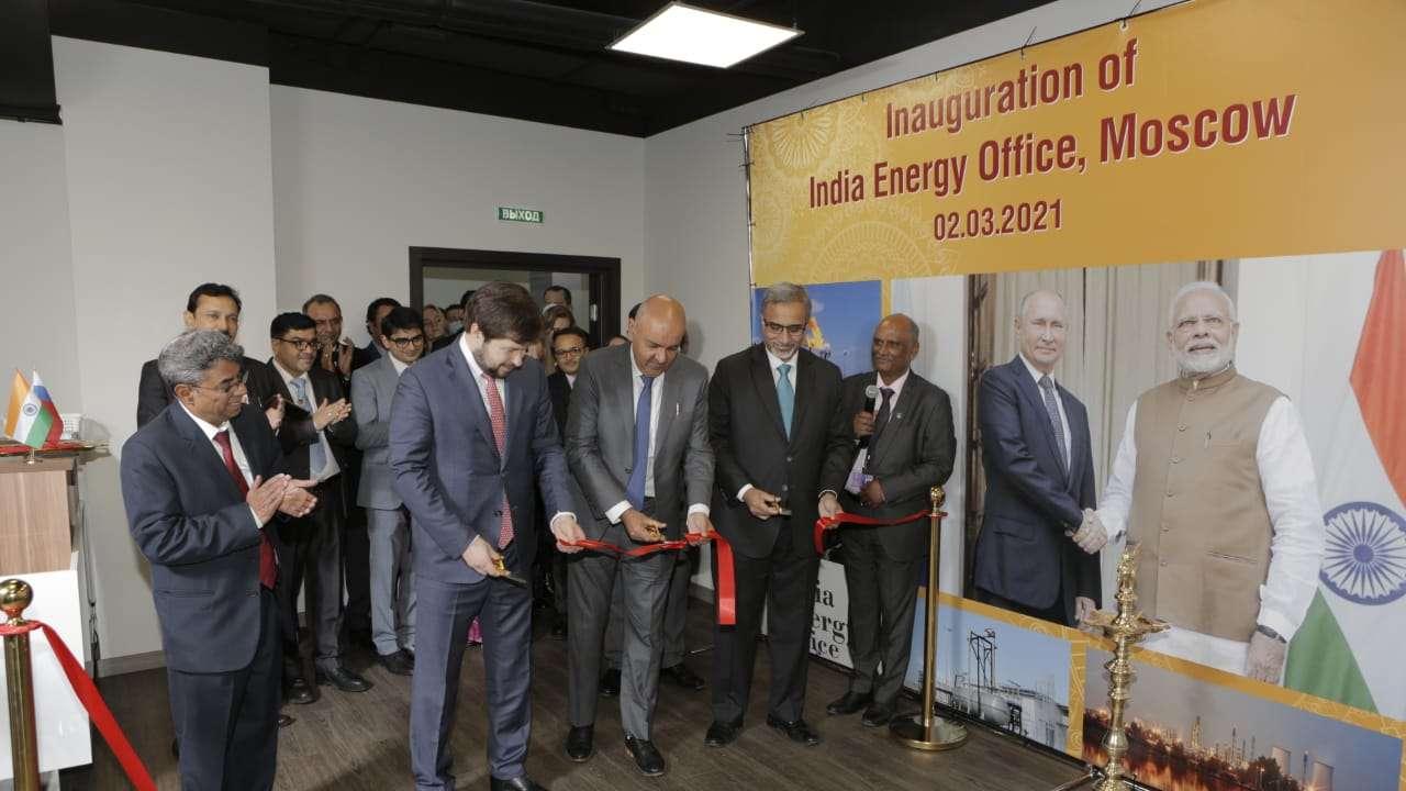 الهند تفتتح مكتب طاقة في موسكو