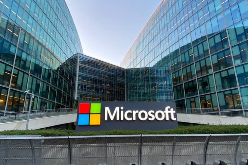 مايكروسوفت الأكثر التزامًا بتحقيق الحياد الكربوني