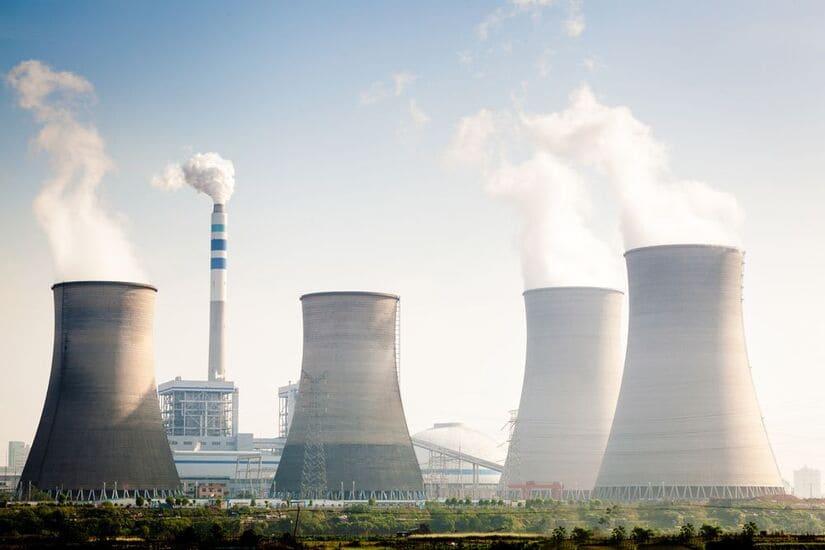 بروس باور- الطاقة النووية- كندا