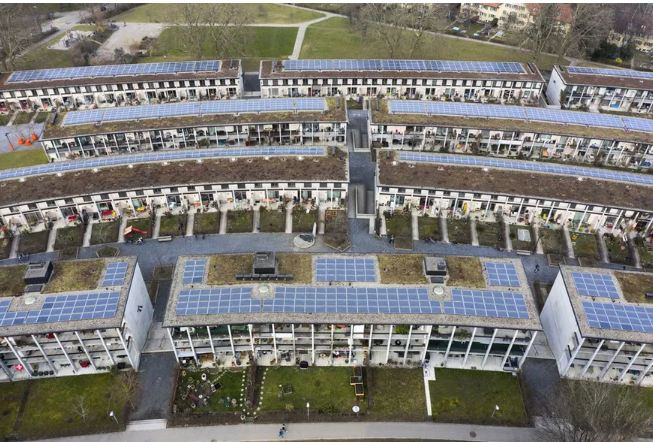 مشروعات طاقة شمسية على أسطح المنازل