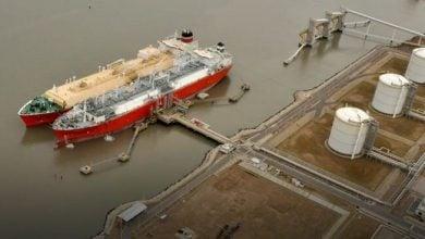 Photo of بعد فشل الغاز الصخري.. الأرجنتين تستأنف وارداتها من الغاز المسال