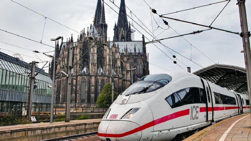 أر دبليو إي تمد قطارات ألمانيا بالكهرباء