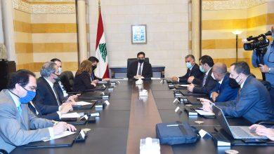 Photo of أزمة المحروقات في لبنان.. الحكومة تحمّل عصابات التهريب مسؤولية نقص الوقود
