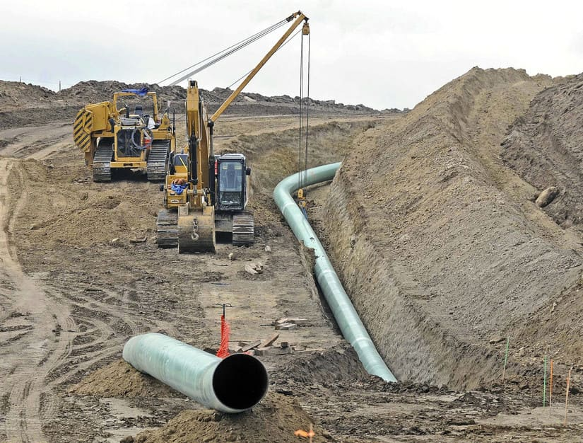 خط أنابيب النفط الخام في داكوتا