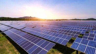 Photo of كينيا.. شبكات الطاقة الشمسية الصغيرة تعزّز كهربة الريف