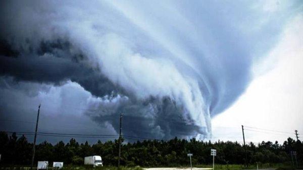 الإعصار بيلا الذي ضرب بريطانيا مايو الماضي