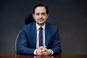 كولومبيا - وزير الطاقة والمناجم الكولومبي دييغو ميسا