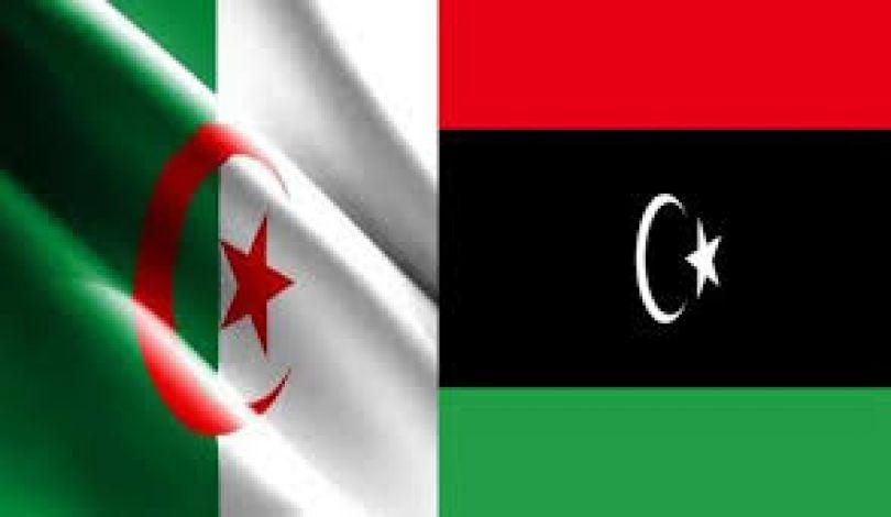 تعاون جزائري ليبي - علم ليبيا إلى جوار علم الجزائر + أرشيفية