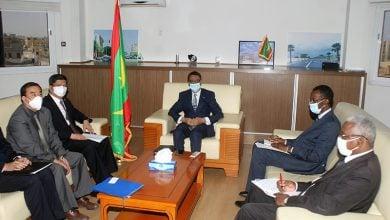 Photo of موريتانيا تبحث التعاون في مجال النفط مع 3 دول