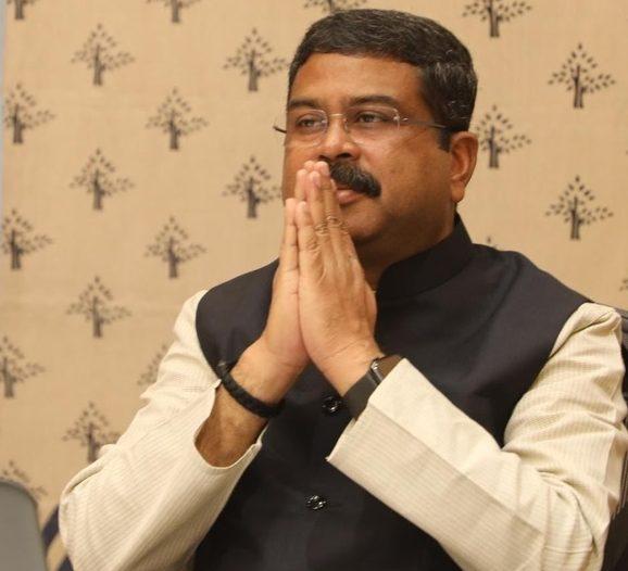 وزير النفط الهندي - أوبك+