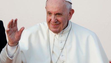 Photo of بابا الفاتيكان يقتني سيارة كهربائية لدعم جهود مكافحة تغير المناخ