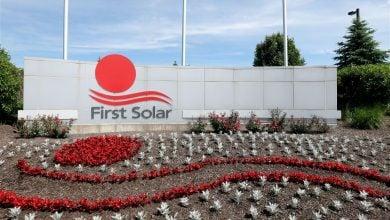 Photo of فيرست سولار تستثمر 680 مليون دولار في تصنيع الألواح الشمسية