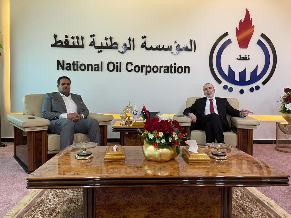 قطاع النفط