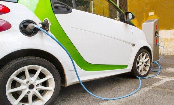 السيارات الكهربائية في الجزائر
