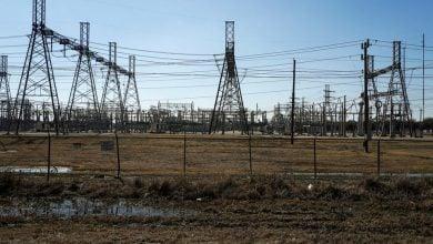 Photo of شبكات الكهرباء في تكساس وكاليفورنيا تجتاز اختبار الموجة الحارة