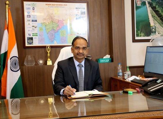 وزير الطاقة الهندي ألوك كومار