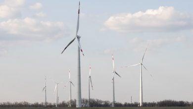 "Photo of روساتوم تكمل تركيب توربينات الرياح في مزرعة ""مارتشينكوفسكايا"""