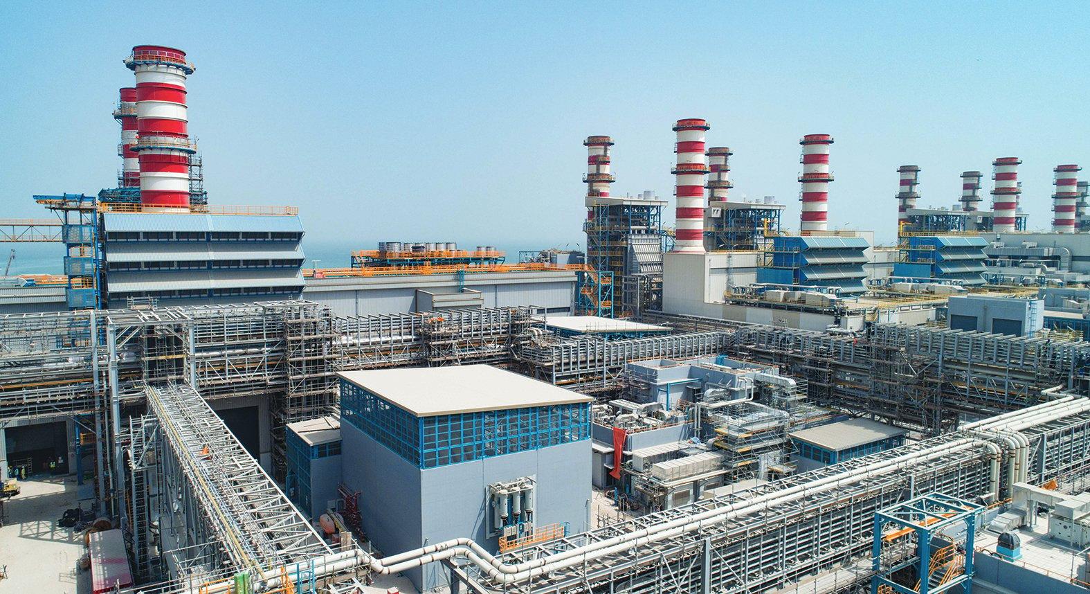 دبي - محطة كهرباء في دبي - أرشيفية
