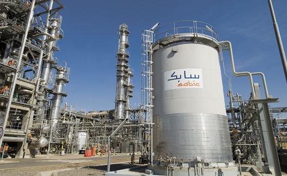 أحد مصانع شركة سابك السعودية