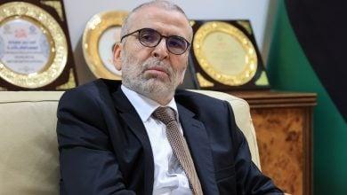 Photo of تصاعد أزمة قيادة قطاع النفط الليبي.. صنع الله يتهم الوزير بالتضليل ونشر الشائعات (فيديو)