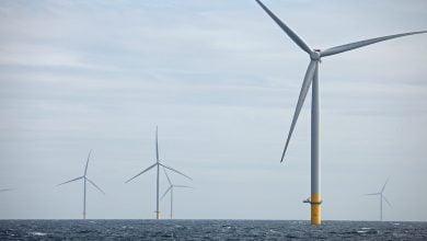 Photo of توتال تستثمر مهارات النفط والغاز في مشروعات الرياح البحرية