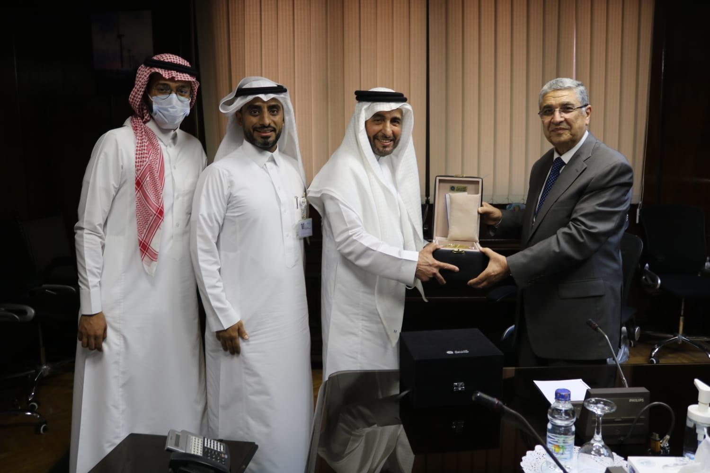 وزير الكهرباء المصري ووفد شركة الفنار السعودية
