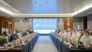 Photo of وزير الطاقة السعودي يبحث مع ألوك شارما جهود مكافحة تغير المناخ