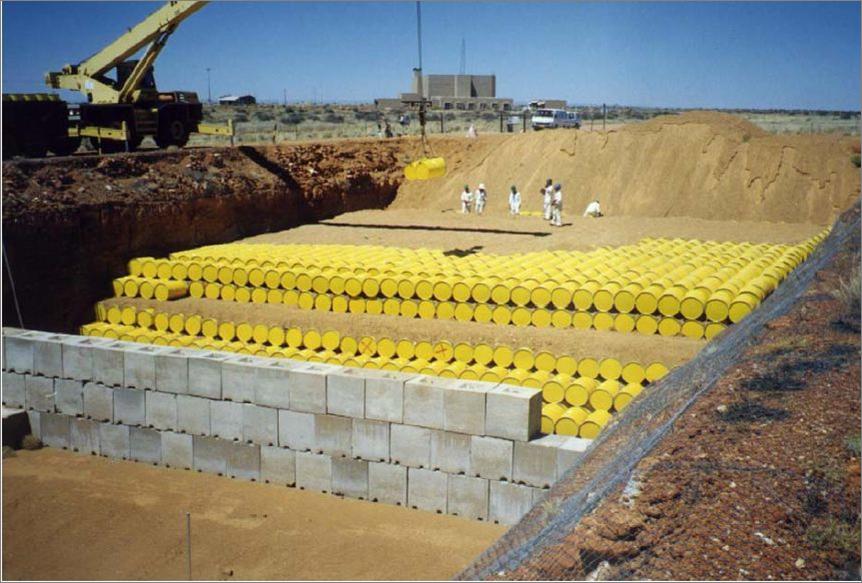 أحد مواقع دفن النفايات المشعة
