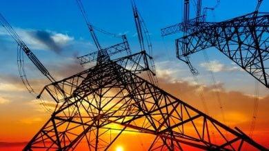 Photo of عكس الاتجاه العالمي.. باكستان ترفض رفع أسعار الكهرباء