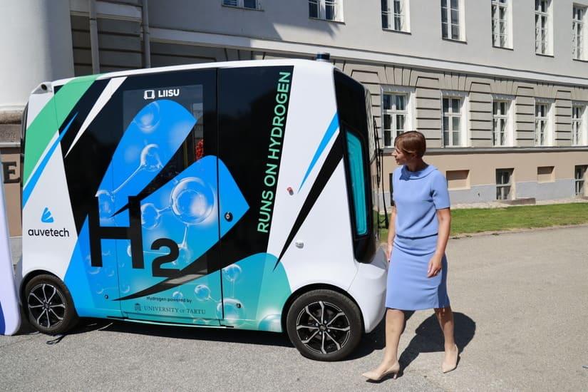 رئيسة إستونيا - سيارة الهيدروجين - أول سيارة هيدروجين ذاتية القيادة في العالم