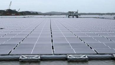 Photo of سنغافورة تدشن أكبر مزرعة طاقة شمسية عائمة في العالم
