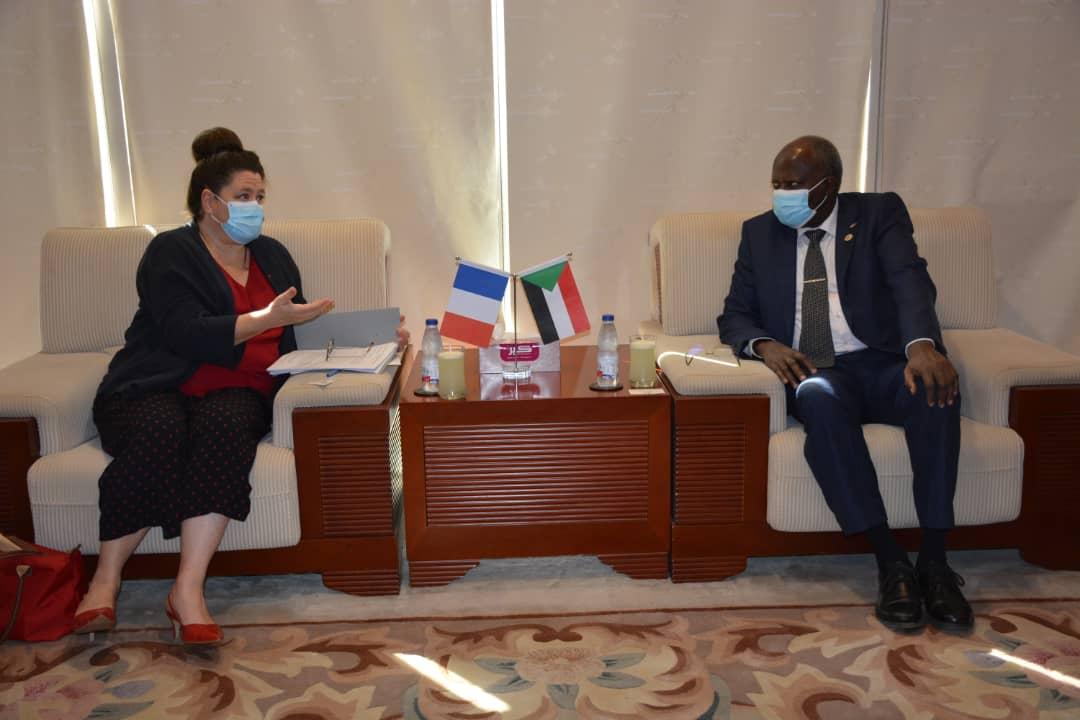 السودان وفرنسا وتوتال والنفط