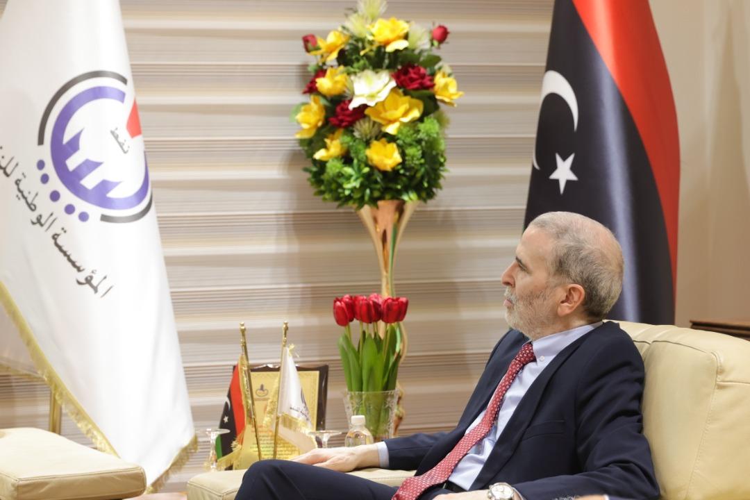 مصطفى صنع الله - قطاع النفط الليبي