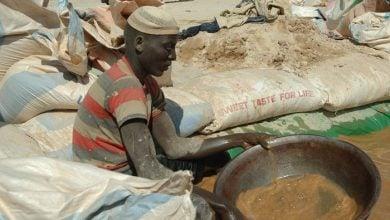 Photo of كوارث التعدين في السودان لا تتوقف.. 13 عاملًا يفقدون حياتهم خلال 6 أشهر