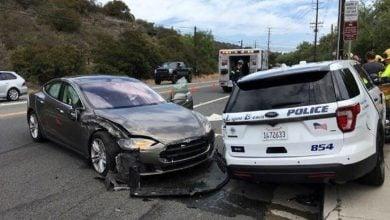 Photo of سيارات تيسلا تخضع لتحقيقات السلامة في الولايات المتحدة