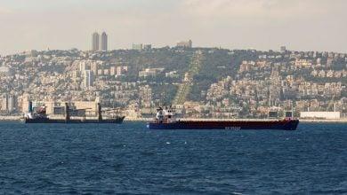 Photo of مصافي النفط الإسرائيلية تخطط للتحول إلى الطاقة المتجددة