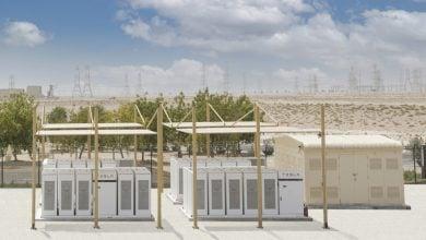 Photo of الإمارات.. مشروع لتخزين الكهرباء باستخدام بطاريات الليثيوم أيون